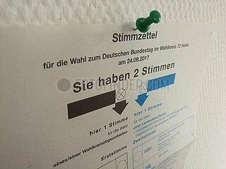 Stimmzettel fuer Bundestagswahl am 24.09.2017