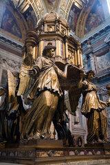 Rom  Italien  der Altar von Sebastiano Torregiani in der Sixtinischen Kapelle