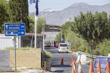 Grenzuebergang auf Zypern