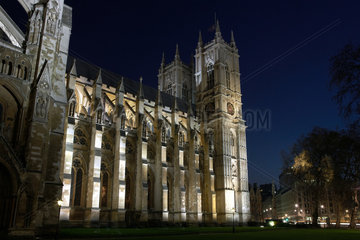 London  Grossbritannien  beleuchtete Westminster Abbey bei Nacht