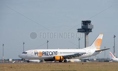 Schoenefeld  Deutschland  Landung einer Air Horizont-Maschine