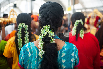 Singapur  Republik Singapur  Hinduistische Frauen beim Thaipusam-Fest in Little India