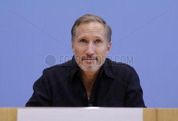 Bundespressekonferenz zum Thema: Unteilbar. Fuer eine offene und freie Gesellschaft .Solidaritaet statt Ausgrenzung