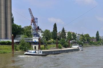 Deutschland  Nordrhein-Westfalen- Hafenrundfahrt im Duisburger Binnenhafen