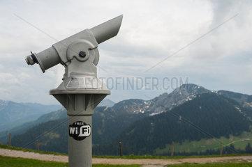 Rottach-Egern  Deutschland  Fernglas am Wallberg