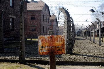 Auschwitz  Polen  Stromzaun am Konzentrationslager Auschwitz-Birkenau