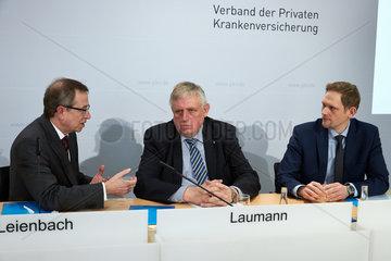 Berlin  Deutschland  Volker Leienbach  Karl-Josef Laumann und Thorben Krumwiede