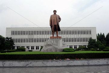 Wonsan  Nordkorea  Bronzestatue von Kim Il-Sung