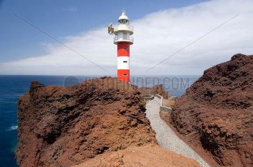 Buenavista del Norte  Spanien  der Leuchtturm Faro de Punta de Teno