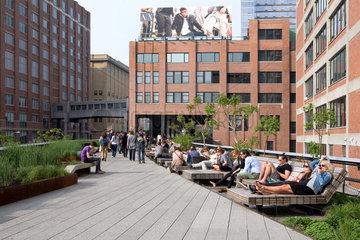 New York City  USA  the Highline  eine stillgelegte Bahntrasse  die heute Park ist