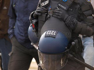 Polizei bei Protesten in Chemnitz