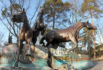 Berlin  Deutschland  Denkmal -Der Tag an dem die Mauer fiel-