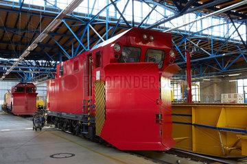 Berlin  Deutschland  ein Schneepflug der Deutschen Bahn im DB-Werk in Berlin-Grunewald
