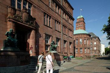 Freiburg im Breisgau  Deutschland  Eingang der Albert-Ludwigs-Universitaet