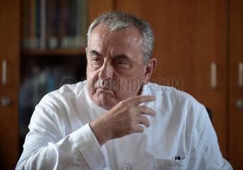 Berlin  Deutschland  Prof. Dr. med. Dr. h.c.mult. Roland Hetzer  Direktor des Deutschen Herzzentrums Berlin