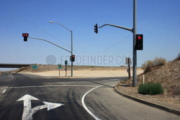 Groom  USA  leere Strassenkreuzung mit roter Ampel