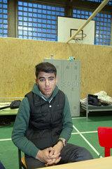 Bremen  Deutschland  afghanischer Fluechtling in einer Notunterkunft