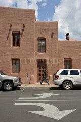 Santa Fe  USA  ein Gebaeude in Lehmbauweise