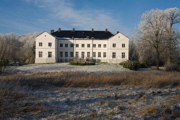Eckernfoerde  Deutschland  Gut Windeby im Winter
