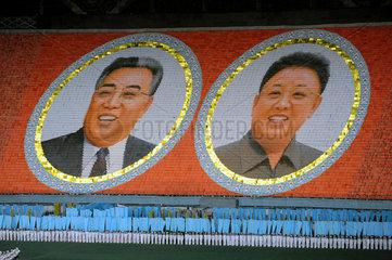Pjoengjang  Nordkorea  Riesenmosaik beim Arirang-Festival