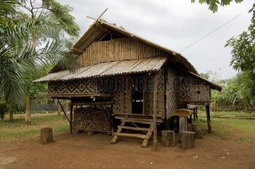 Traditionelle Haeuser / Phasuam Resort / Bolaven Plateau / Laos / SUEDOSTASI