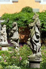 Rothenburg ob der Tauber  Deutschland  Skulpturen im Burggarten