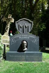 London  Grossbritannien  Grabstein von Malcom McLaren auf dem Friedhof Highgate