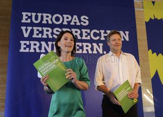 Vorstellung des Antrages des Bundesvorstandes zum Wahlprogramm von BUeNDNIS 90/DIE GRUeNEN zur Europawahl