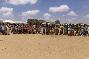 Bewohner eines Dorfes in Aethiopien
