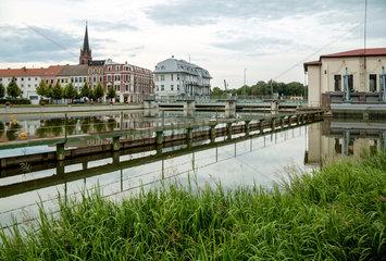Gubin  Polen  Blick ueber die Neisse zum deutschen Guben