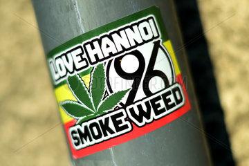 Hannover  Deutschland  Aufkleber mit der Aufschrift Love Hanno - Smoke Weed