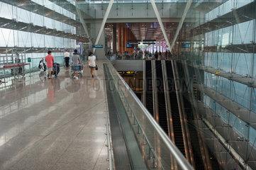 Singapur  Republik Singapur  Abflughalle von Terminal 3 am Flughafen Singapur