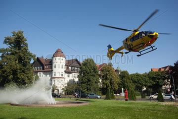 Berlin  Deutschland  Rettungshubschrauber Christoph 31 am Mexikoplatz