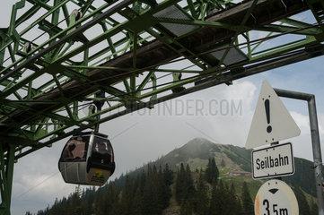 Rottach-Egern  Deutschland  Gondel der Wallbergbahn