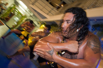 Franzoesisch-Polynesien  polynesischer Abend auf der Aranui 3