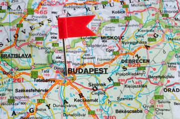 Berlin  Deutschland  das Reiseziel ist Budapest