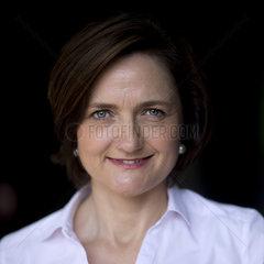 Simone Lange  Aufstehen