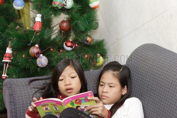 Strassenkinder in Hanoi