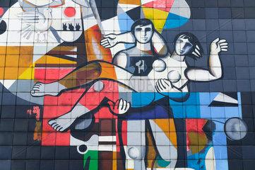 Friedrichroda  Deutschland  das Wandmosaik des ehemaligen FDGB Ferienheims August Bebel  heute Berghotel