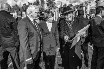 Steinmeier + Buedenbender + Weber-Karyotakis