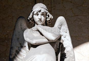 Genua  Italien  Grabfigur auf dem Monumentalfriedhof Staglieno in Genua