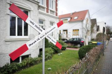 Oldenburg  Deutschland  Protest gegen Gueterverkehr durch Oldenburg