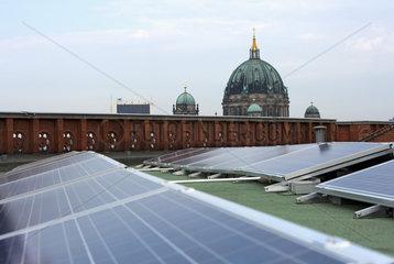 Photovoltaikanlage auf Rotem Rathaus