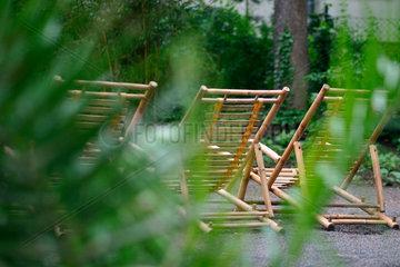 Liegestuehle aus Bambus