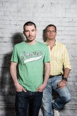 Berlin  Deutschland  Stefan Rupp  links  und Christoph Azone  rechts  Radiomoderatoren