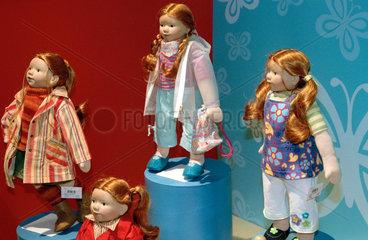 Nuernberg  Spielwarenmesse - Puppen der Firma Sigikid