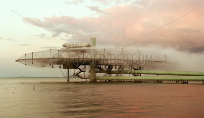 Die Wolke auf der Arteplage der Expo 2002 in Yverdon