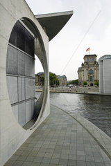 Germany  Berlin  Marie-Elisabeth-Lüders-Haus (parliamentary library) along the River Spree