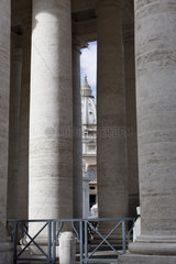 Petersdom und Kolonnade