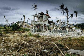 Dokumentation nach dem Supertaifun Haiyan Yolanda